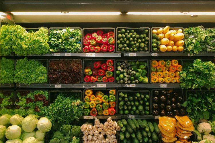 Online retail marketplace alternatives with fruit and vegetable display case